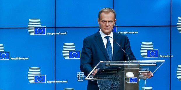 Tusk für Flüchtlingszentren außerhalb der EU
