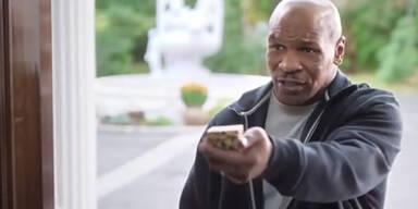 Tyson gibt Holyfield sein Ohr zurück