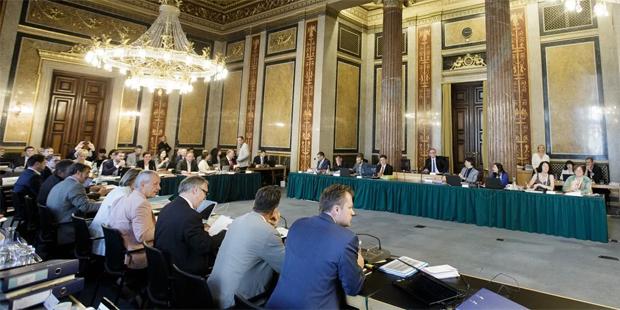 U-Ausschuss zweiter Tag Darabos
