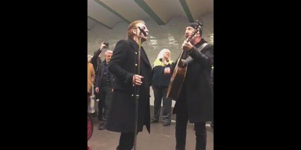 U2 mit spontanem Gig in Berliner U2