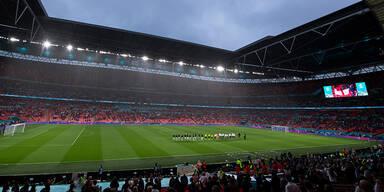 UEFA lehnt Spielverlegung ab