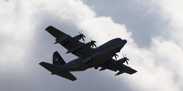 Flugzeug der US-Marine abgestürzt: Drei Vermisste