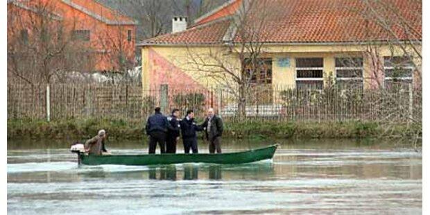 Überschwemmungen in Albanien