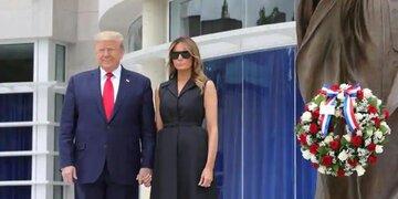 Neuer Ehe-Krach?: Trump fordert Melania zum Lächeln auf – ihre Reaktion spricht Bände