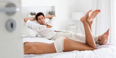 Männer-Mythen im Bett: Was ist wirklich dran?