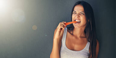 So tricksen Sie sich selbst aus weniger zu essen