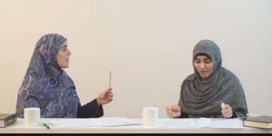Muslimische Lehrerinnen erklären, wie Männer ihre Frauen schlagen sollen