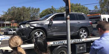 Greenacre Sydney Auto kracht in Schule