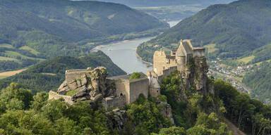 NÖ: Besucher in Schlossruine eingesperrt
