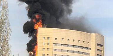 Großbrand in Istanbuler Krankenhaus