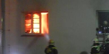 Mann bei Brand in Wien schwer verletzt