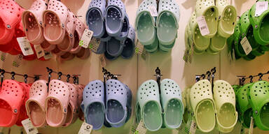Crocs machen Milliarden-Umsatz