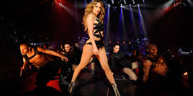 Jennifer Lopez gründet Luxus-T-Shirt-Label