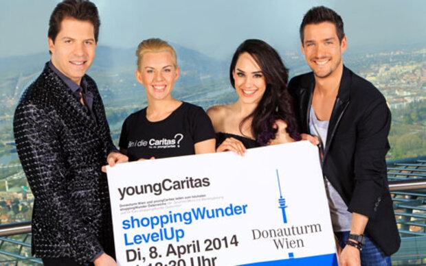 Prominente Unterstützung beim youngCaritas shoppingWunder