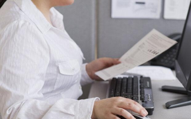 Übergewichtige Frauen verdienen weniger