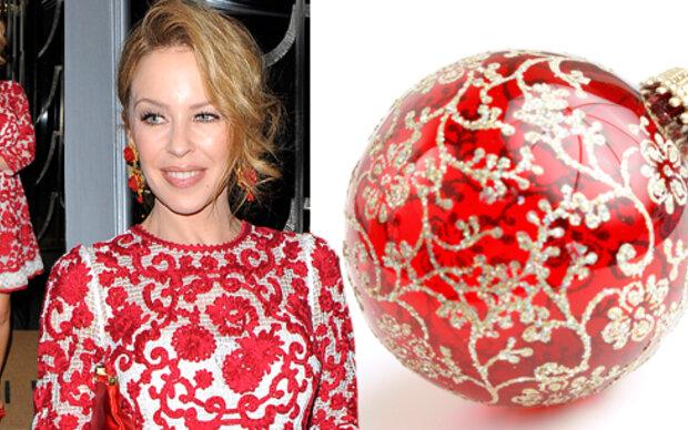 Kylie Minogue als wandelnde Weihnachtskugel
