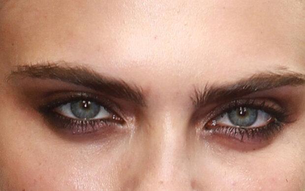 Was die Augenbrauen über Sie verraten