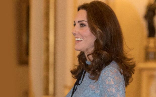 Kates erster Babybauch-Look