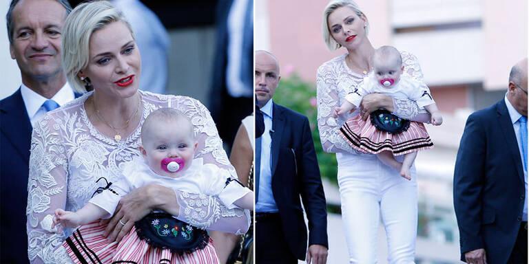 Charlène: Fescher Mama-Look