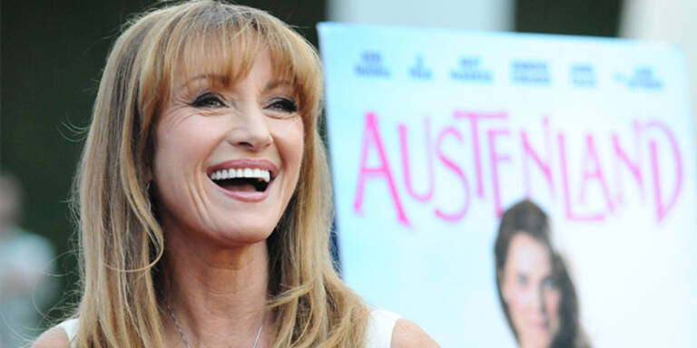 Jane Seymour: Stirnfransen statt Botox
