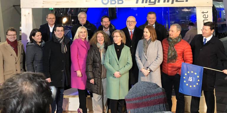 EU-Mandatare mit Nightjet von Wien nach Brüssel