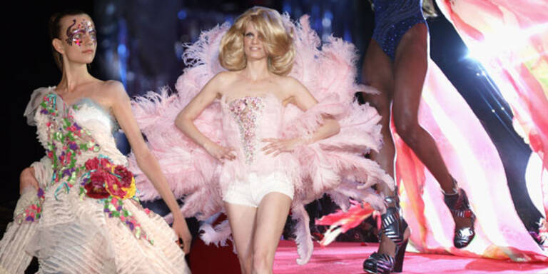 Life Ball Modeschau blickt opulent zurück