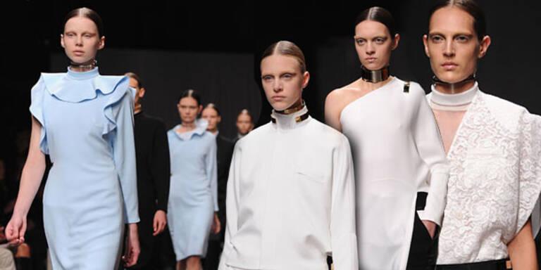 Givenchy zeigt sich unschuldig aber luxuriös