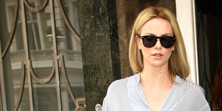Charlize Theron bringt Jeans-Kollektion heraus
