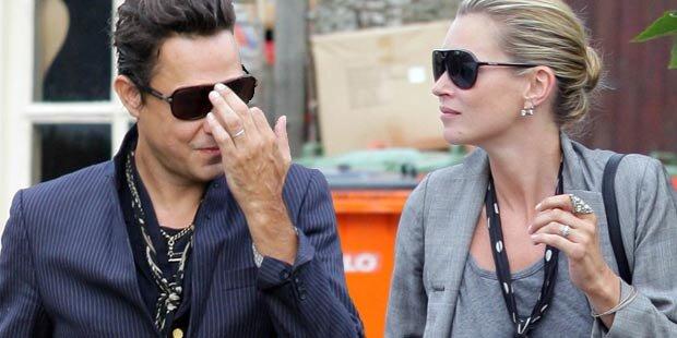 Hat Kate Moss heimlich geheiratet?