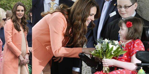 Kate an ihrem Hochzeitstag in Kinderhospiz