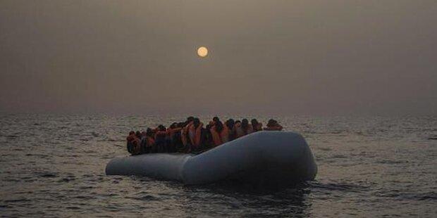 Schlepper töten 22 Flüchtlinge, weil sie nicht an Bord wollten