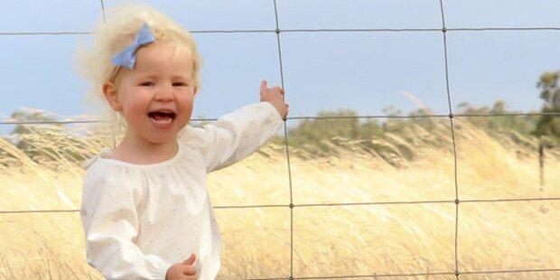 Mutter fotografiert ihre Tochter – dann erstarrt sie plötzlich vor Angst