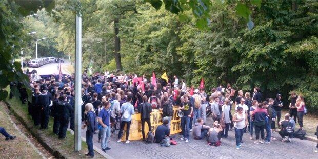 Rechte Demo: Antifa blockiert Kahlenberg