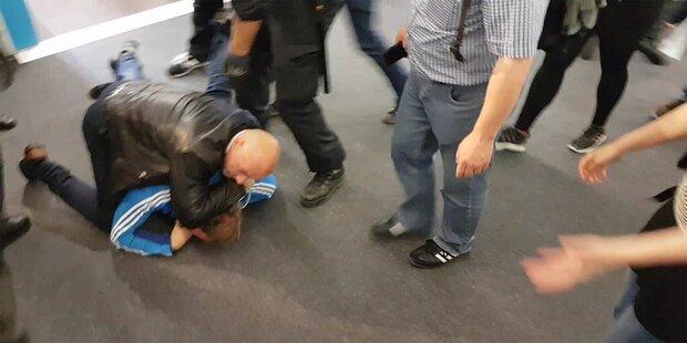 Krawalle auf der Frankfurter Buchmesse: Nazis verprügeln Politiker