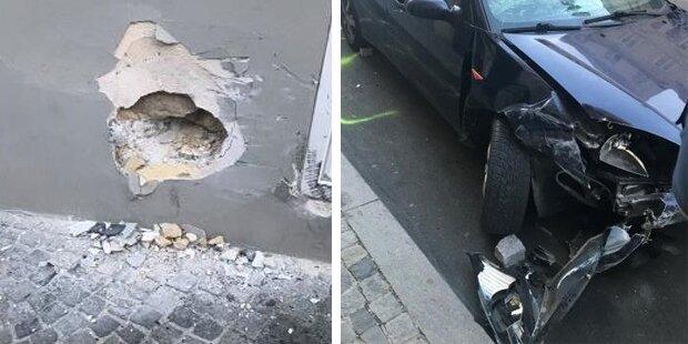 Wien: Auto kracht in Hausmauer