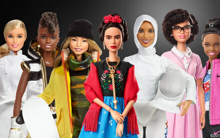 Frida Kahlo als Barbiepuppe