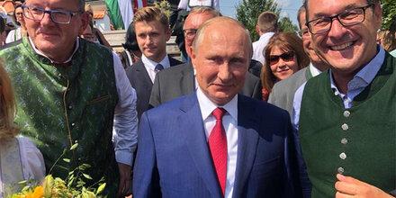 Wirbel um Kneissl-Hochzeit: Jetzt spricht Putin