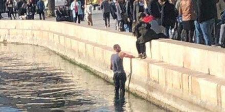 Eklat: Hooligan-Attacke auf Wasserballspieler