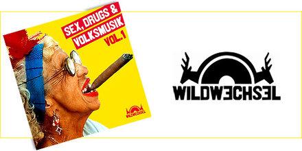 Wilder Start mit Sex, Drugs & Volksmusik