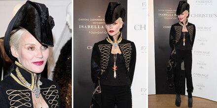 Daphne Guinness als Lady Gaga-Piratin
