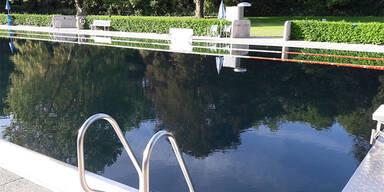 Bad gesperrt: Rätsel um graues Wasser in Wr. Neustadt
