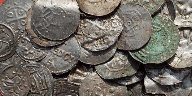 Silberschatz von Wikinger-König entdeckt