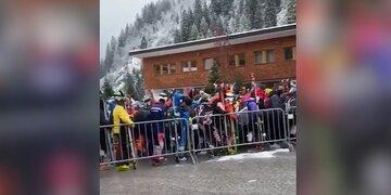 Wirbel um Gedränge an Liftstationen: Gäste schuld: So verteidigen sich die Tiroler Bergbahnen