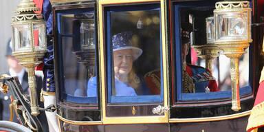 "Queen feiert Geburtstag bei ""Trooping the Colour"""