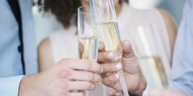 Champagner trinken beugt Alzheimer vor