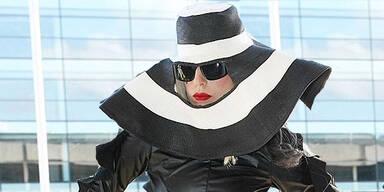 Lady Gaga: Hut mit Sichtfenster