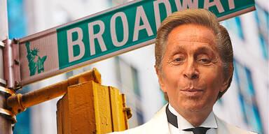 Valentino plant Broadway-Musical
