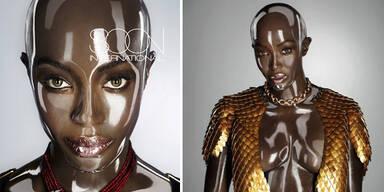 Naomi Campbell als Plastikpuppe mit Glatze