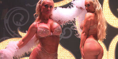 Coco Austin: Sexy Peepshow