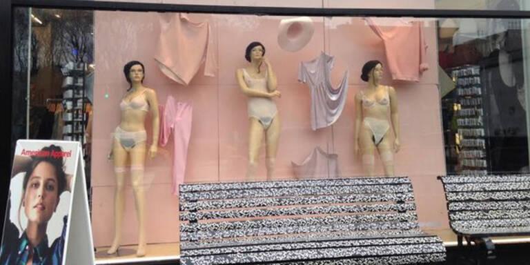 Aufreger: Behaarte Schaufensterpuppen in NY